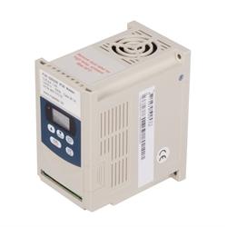 Frekvenčné meniče pre 3-fázové prúdové pohony photo